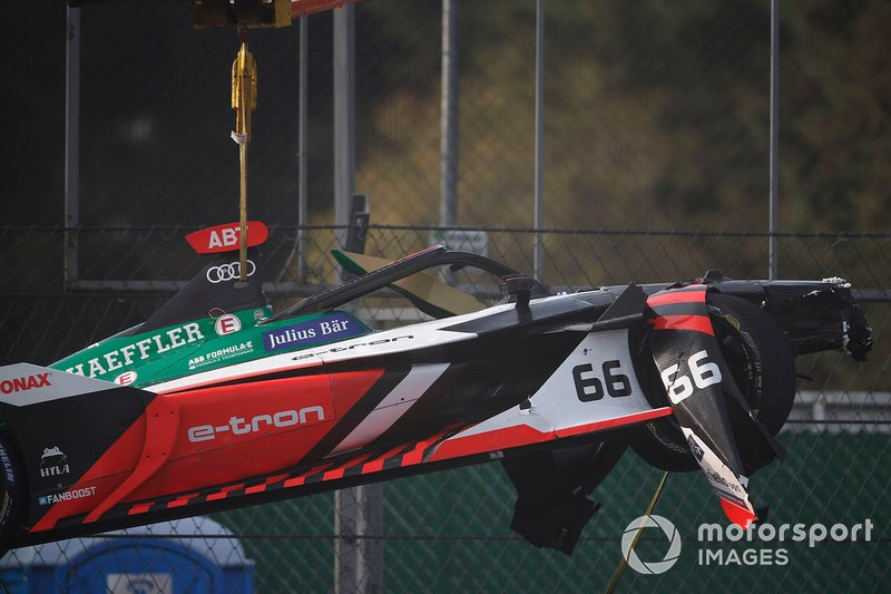 Car of Daniel Abt, Audi Sport ABT Schaeffler, Audi e-tron FE06 is craned away