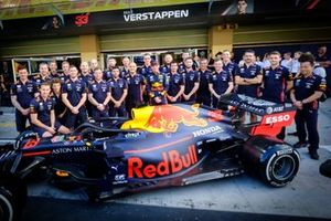Max Verstappen, Red Bull Racing mechanics