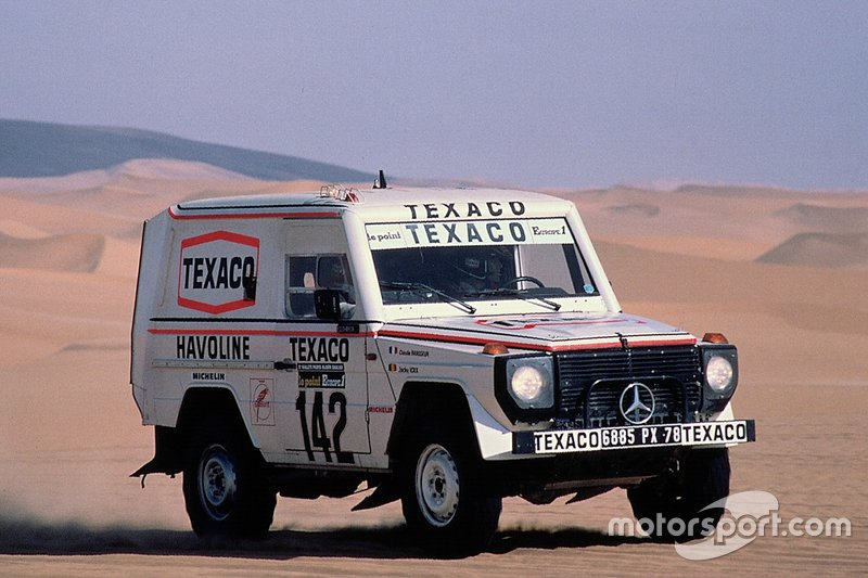 Jacky Ickx, Claude Brasseur, Mercedes-Benz 280 GE, alla Tappa 20 della Dakar 1983