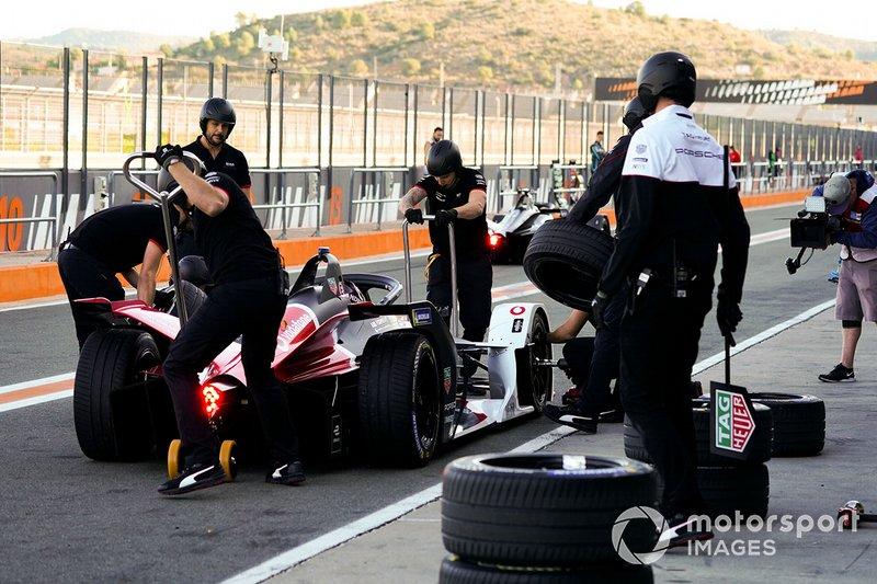 Andre Lotterer, Porsche, Porsche 99x Electric, pit stop