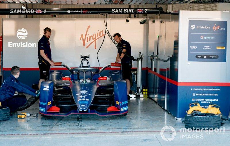 Mechanics work on Sam Bird's, Envision Virgin Racing, Audi e-tron FE06