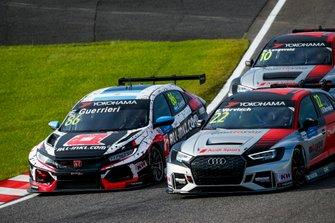 Эстебан Герьери, ALL-INKL.COM Münnich Motorsport, Honda Civic Type R TCR (FK8), и Фредерик Вервиш, Audi Sport Team Comtoyou, Audi RS3 LMS TCR