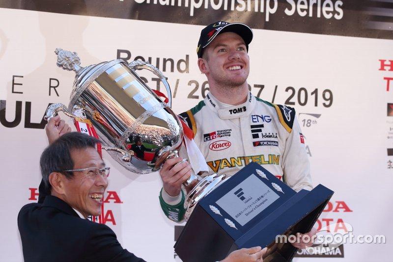 Super Fórmula, pilotos: Nick Cassidy
