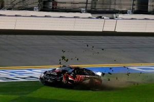 Daniel Suarez, Gaunt Brothers Racing, Toyota Camry Toyota Certified Used Vehicles crash