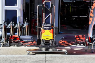 Front wing of Red Bull RB15
