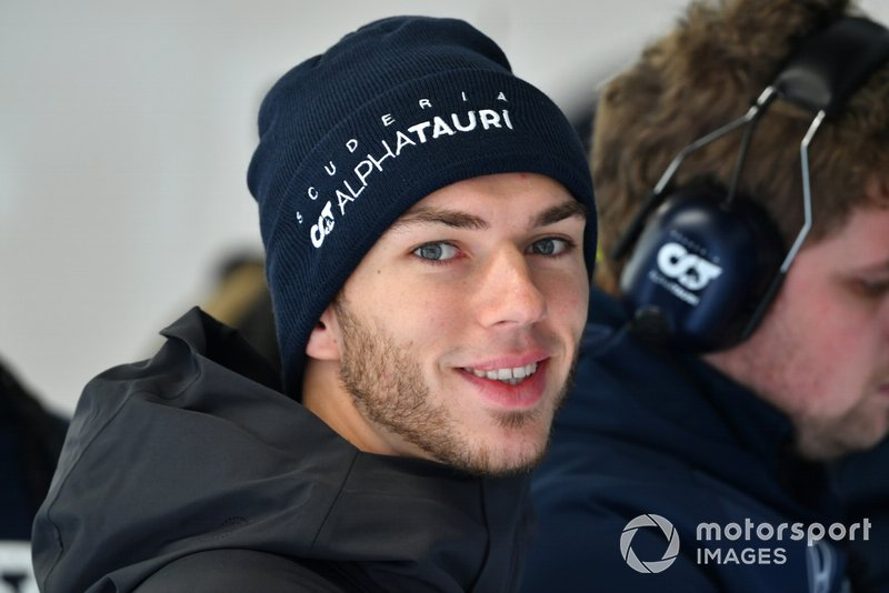 #11: Pierre Gasly (AlphaTauri) - 960.000 Follower
