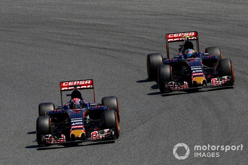 Max Verstappen, Toro Rosso STR10, voor Carlos Sainz Jr., Toro Rosso STR10