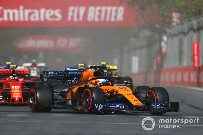 Carlos Sainz Jr., McLaren MCL34, Lance Stroll, Racing Point RP19, Charles Leclerc, Ferrari SF90