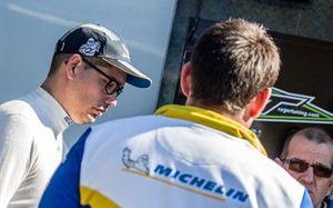 Michael Burri, Skoda Fabia R5, D-Max Swiss, avec des techniciens Michelin