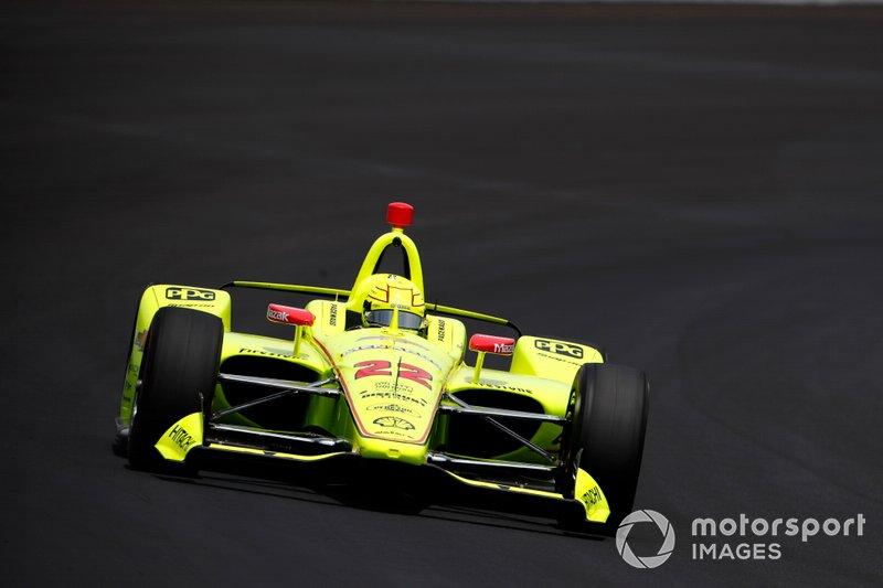 1º: #22 Simon Pagenaud, Menards Team Penske, Team Penske Chevrolet: 229.992. mph