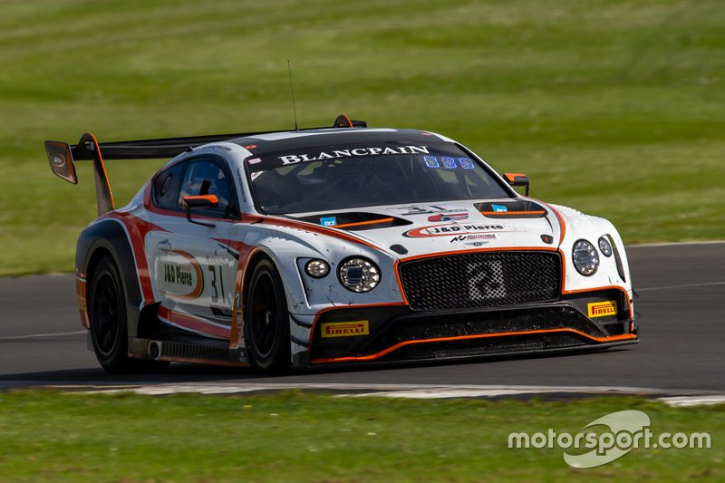#31 Team Parker Racing Bentley Continental GT3: Derek Pierce, Rob Smith, Seb Morris