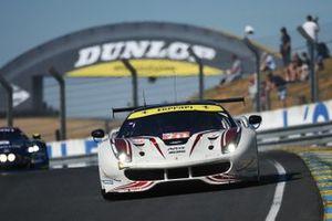 №70 MR Racing Ferrari 488 GTE: Мотоаки Ишикава, Оливье Беретта, Эдди Чивер III