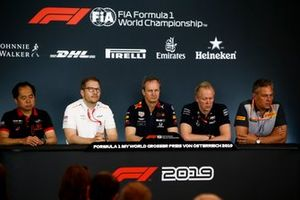 Toyoharu Tanabe, F1 Technical Director, Honda, Andreas Seidl, Team Principal, McLaren, Paul Monaghan, Chief Engineer, Red Bull Racing, Andrew Green, Technical Director, Racing Point, and Mario Isola, Racing Manager, Pirelli Motorsport, in the team principals Press Conference