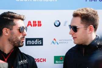 Jose Maria Lopez, Dragon Racing, talks to Stoffel Vandoorne, HWA Racelab