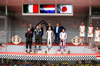 Luca Ghiotto, UNI Virtuosi Racing, Race Winner Nyck De Vries, ART Grand Prix and Nobuharu Matsushita, Carlin on the podium