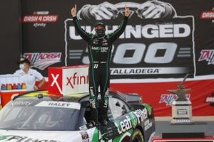 Justin Haley, Kaulig Racing, Chevrolet Camaro LeafFilter Gutter Protection celebrates his win