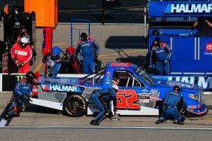 Stewart Friesen, Halmar Friesen Racing, Toyota Tundra Halmar Racing To Beat Hunger pit stop