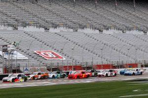Noah Gragson, JR Motorsports, Chevrolet Camaro, Daniel Hemric, JR Motorsports, Chevrolet Camaro