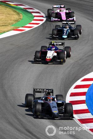 Nikita Mazepin, HITECH GRAND PRIX, leads Pedro Piquet, CHAROUZ RACING SYSTEM, Sean Gelael, Dams, and Giuliano Alesi, BWT HWA RACELAB