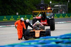 Guilherme Samaia, Campos Racing viene spinta dai marshal