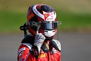 Race winner Callum Ilott, UNI-Virtuosi