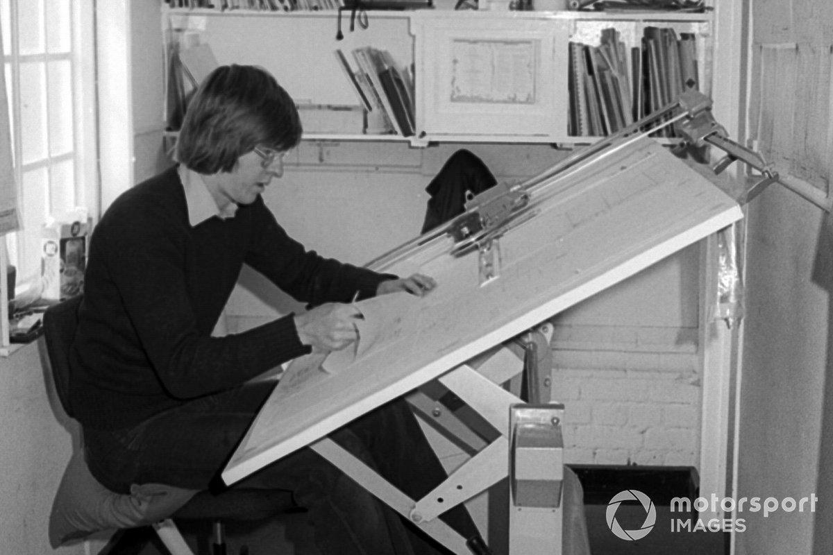 Richard Divila, Copersucar Fittipaldi Designer, works on the FD04 at the team headquarter