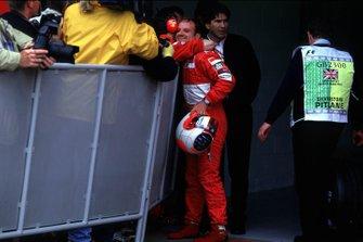 Рубенс Баррикелло выигрывает свою первую поул-позицию в составе Ferrari