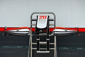 Front wing detail of the Kevin Magnussen, Haas VF-20