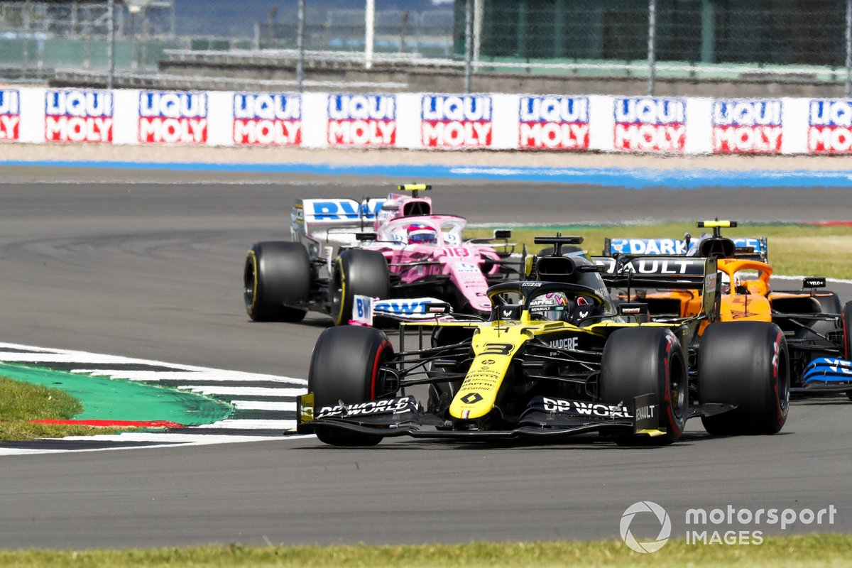 Daniel Ricciardo, Renault F1 Team R.S.20, Lando Norris, McLaren MCL35, e Lance Stroll, Racing Point RP20