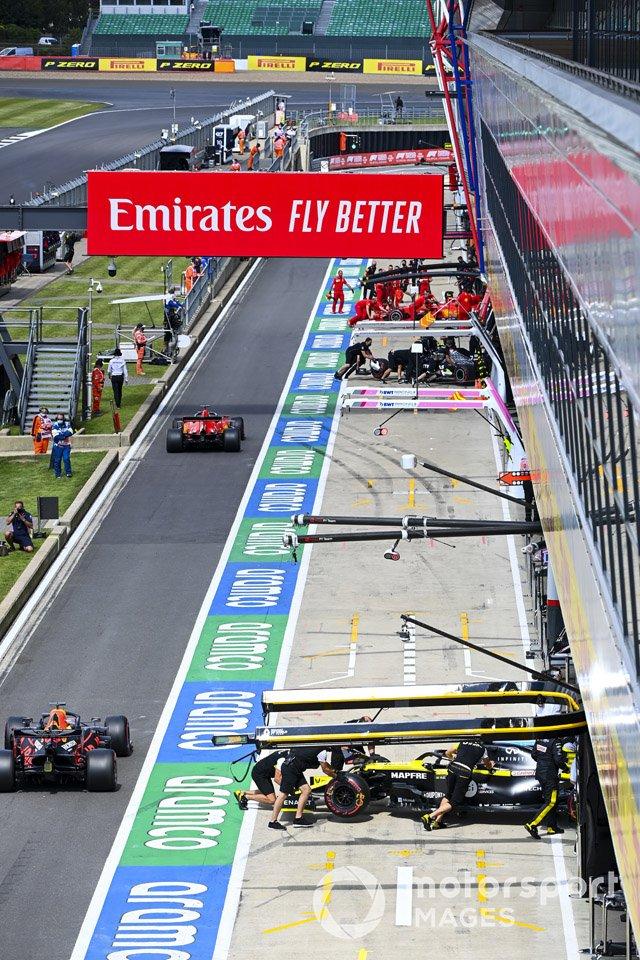 Sebastian Vettel, Ferrari SF1000, Max Verstappen, Red Bull Racing RB16
