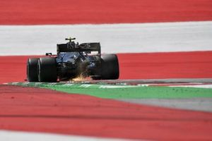 Valtteri Bottas, Mercedes F1 W11 EQ Performance, kicks up some sparks