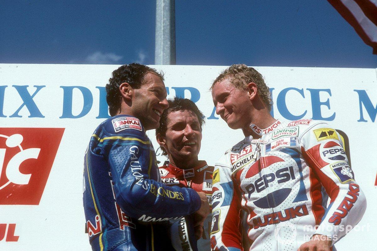 Podio: Christian Sarron, Team Gauloises Blondes Yamaha Mobil 1, Eddie Lawson, Marlboro Yamaha Team Agostini, Kevin Schwantz, Team Pepsi Suzuki