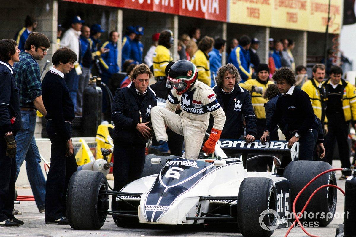 Лидерство внезапно свалилось на Пике, но бразилец возглавлял гонку лишь семь кругов до отказа коробки передач