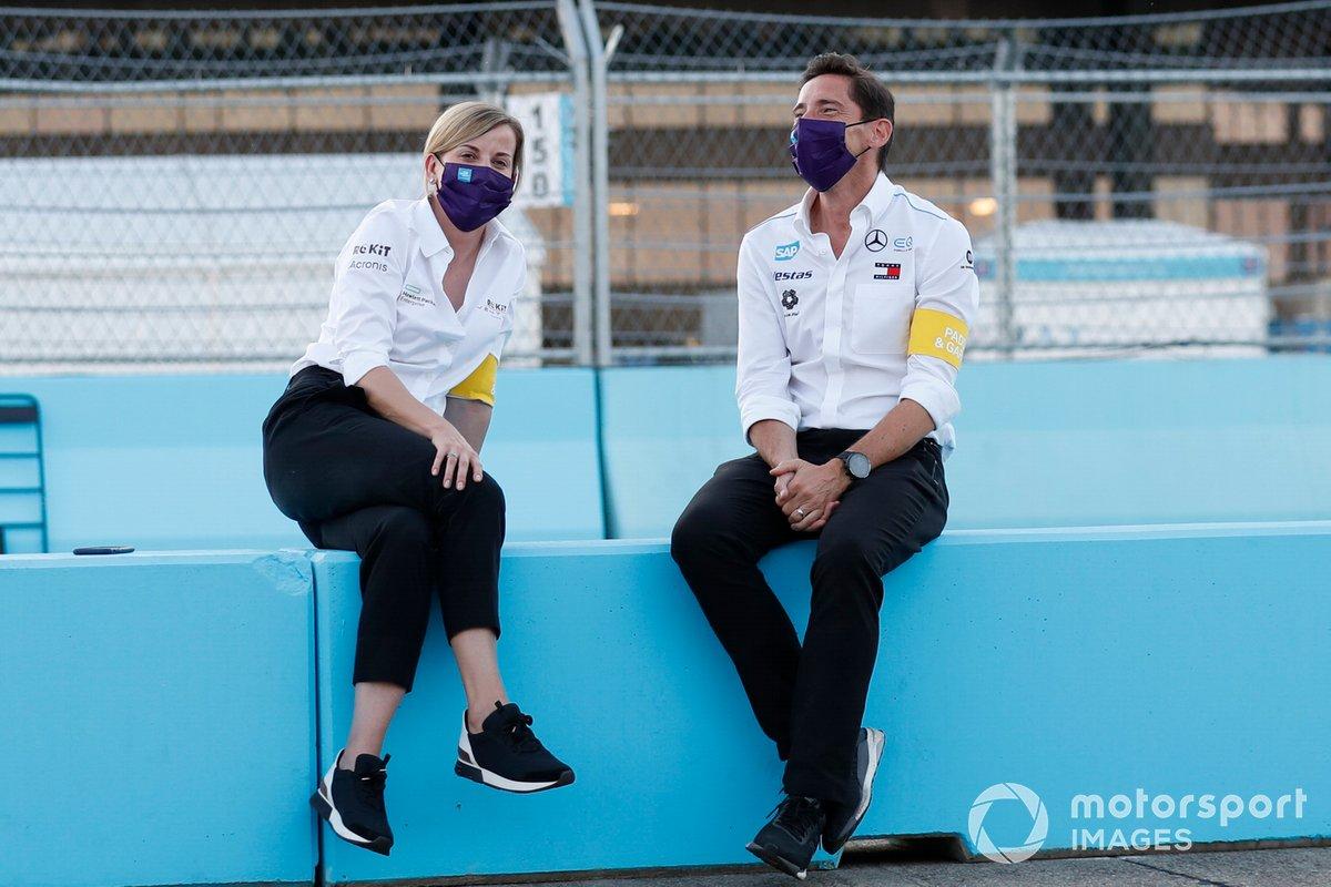Susie Wolff, directora del equipo, Venturi, Ian James, director del equipo, Mercedes-Benz EQ
