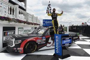 Ganador Brandon Jones, Kyle Busch Motorsports, Toyota Tundra