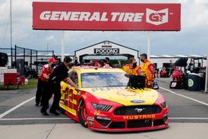 Joey Logano, Team Penske, Ford Mustang Shell Pennzoil