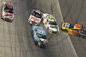 Big Wreck: Kevin Harvick, Stewart-Haas Racing, Tyler Reddick, Richard Childress Racing