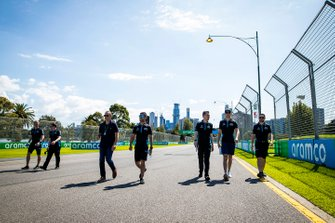 Nicholas Latifi, Williams Racing and members of the team walk the track