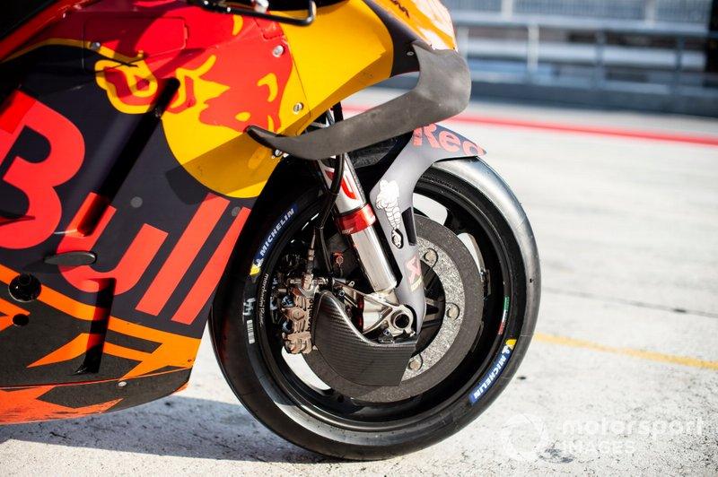 KTM RC16: Vorderradbremse