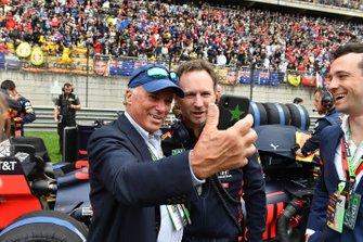 Michel de Carvalho con Christian Horner, Team Principal, Red Bull Racing