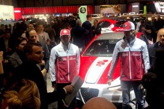 Kimi Raikkonen e Antonio Giovinazzi, Alfa Romeo Racing