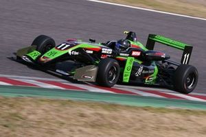 Sacha Fenestraz(B-Max Racing with motopark)