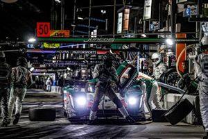 #50 Juncos Racing Cadillac DPi, DPi: Will Owen, Rene Binder, Agustin Canapino, Kyle Kaiser, au stand
