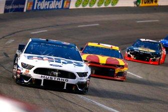 David Ragan, Front Row Motorsports, Ford Mustang MDS Transport and Kyle Larson, Chip Ganassi Racing, Chevrolet Camaro McDonald's