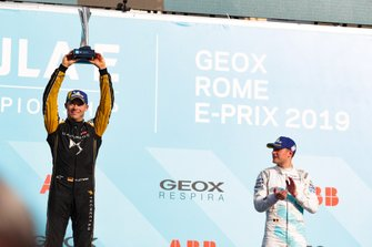 Andre Lotterer, DS TECHEETAH, 2nd position, celebrates on the podium alongside Stoffel Vandoorne, HWA Racelab, 3rd position