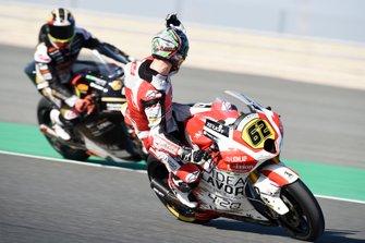 Stefano Manzi, Forward Racing complaining to Xavier Cardelus, Angel Nieto Team