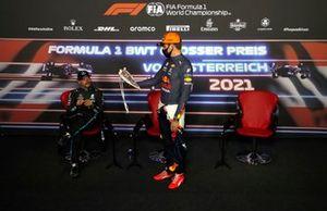 Valtteri Bottas, Mercedes, Max Verstappen, Red Bull Racing