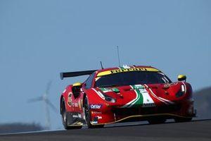 #52 AF Corse Ferrari 488 GTE EVO: Daniel Serra, Miguel Molina