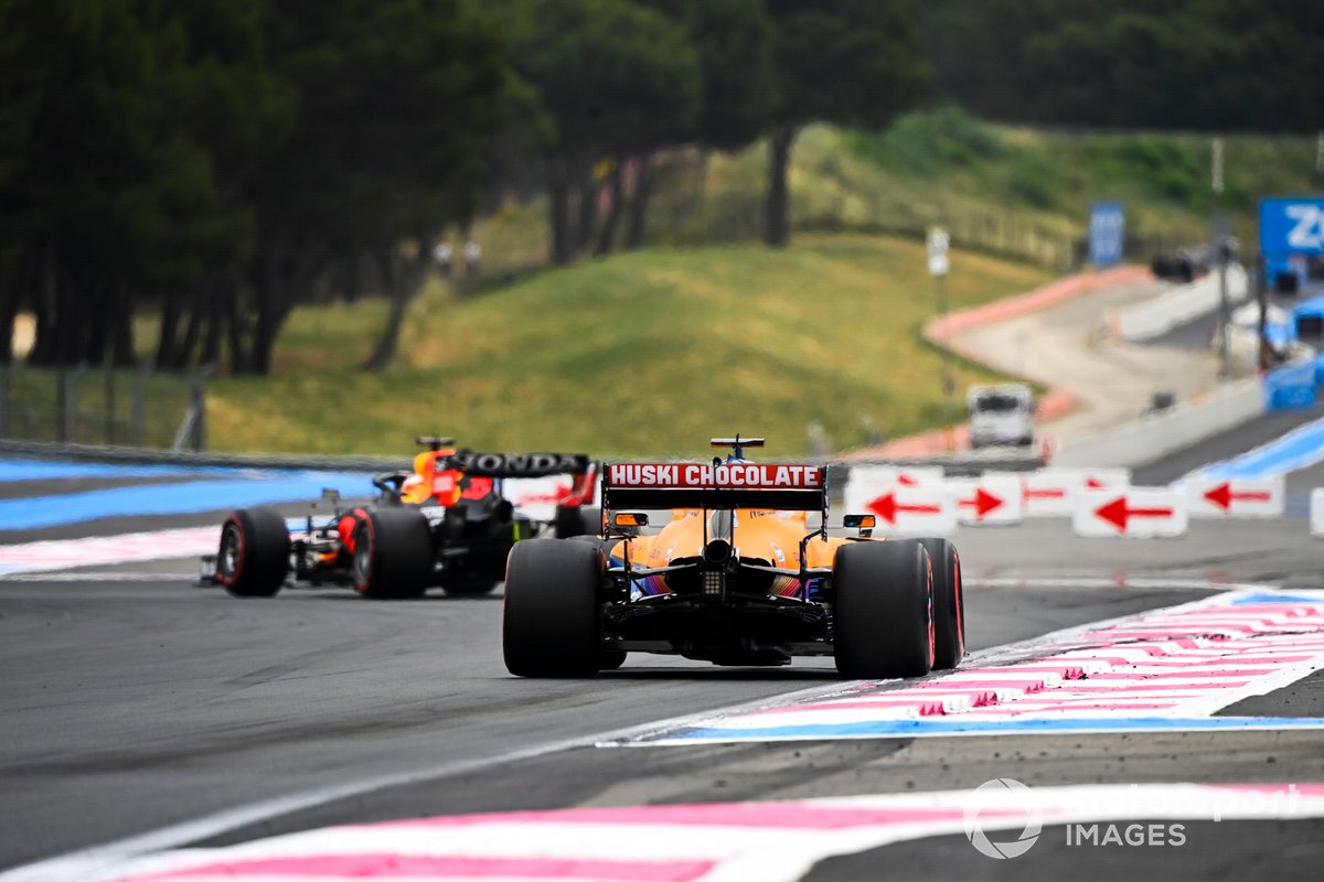 Max Verstappen, Red Bull Racing RB16B, Daniel Ricciardo, McLaren MCL35M