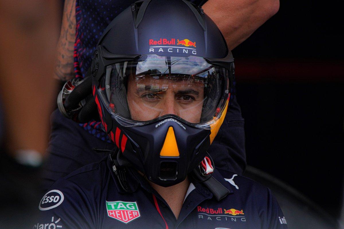 Un mecánico de Red Bull Racing